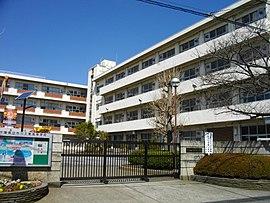 市川工業高校の受験情報|偏差値・進学実績・入試・過去問・評判など